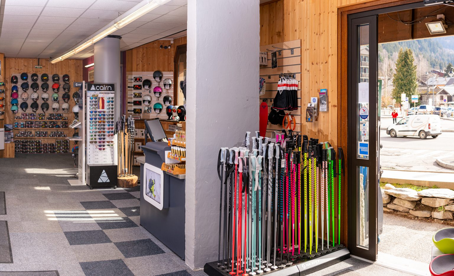 Skiloc Chamonix - Magasin de location de ski